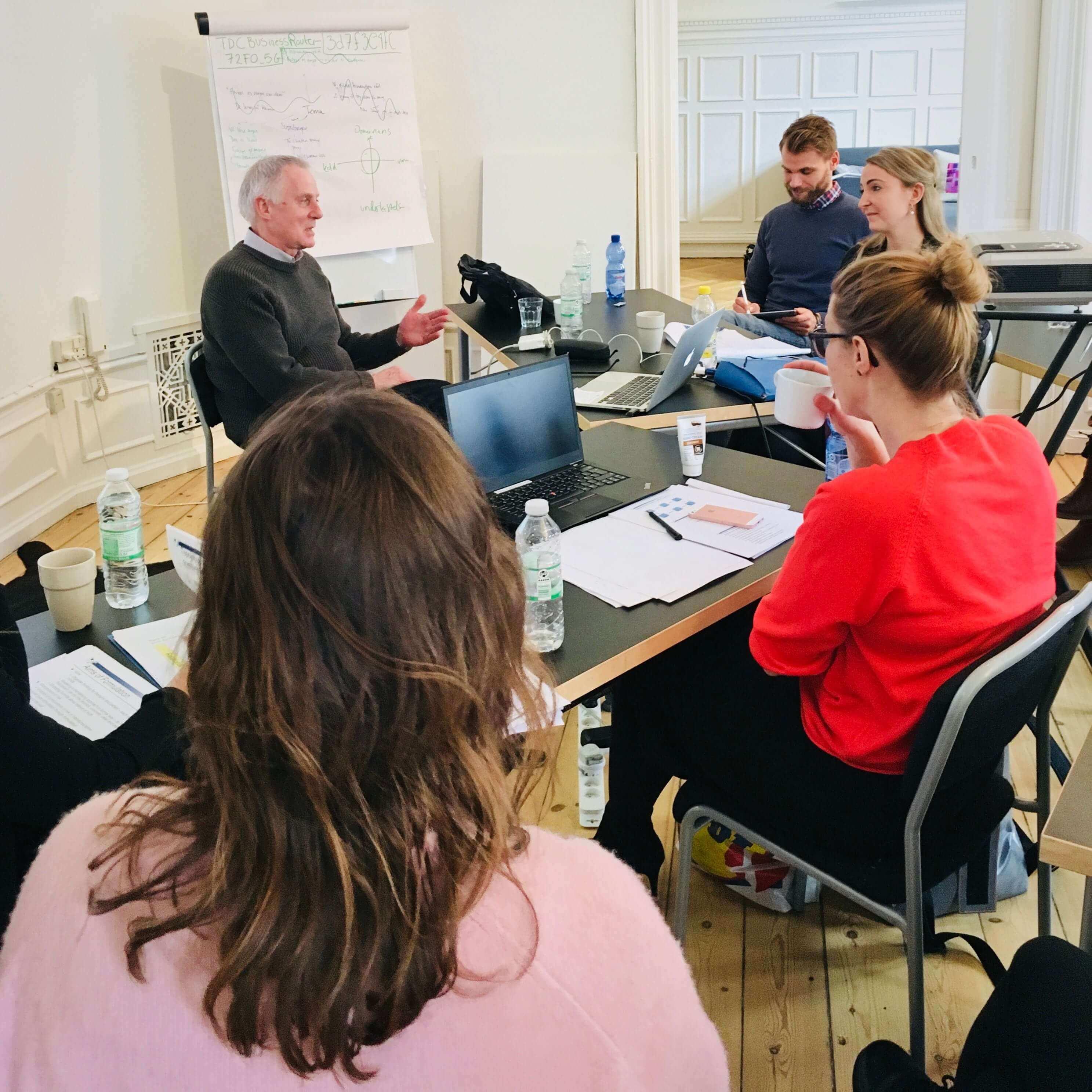 Anthony Bateman underviser i vores lokaler på Vesterbrogade i København, marts 2018